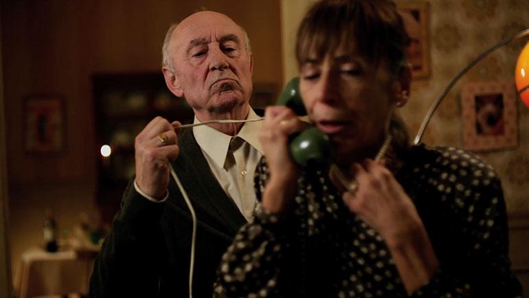 El Audifono    Short Film Trailer on Film Shortage