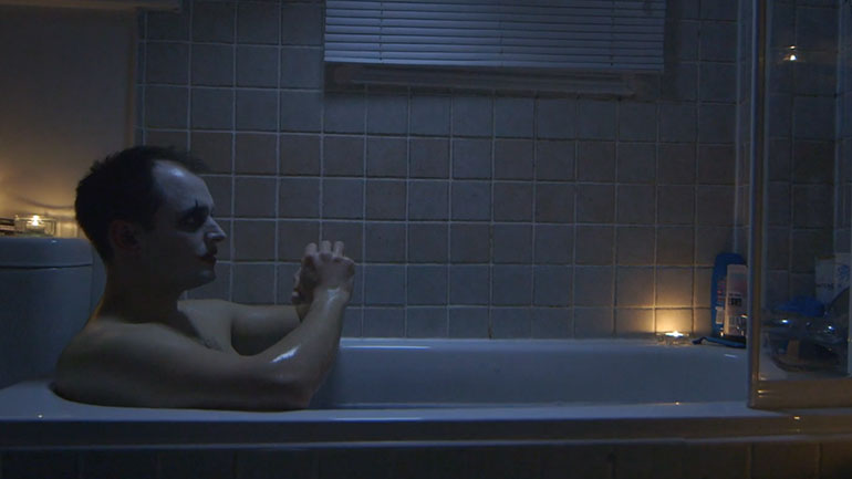 The Bathtub Clown | Daily Short Picks