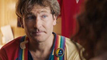 Actor Jamie Costa Absolutely Nails a Robin Williams Impression in a Biopic Test Shoot